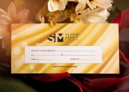 Zdjęcie voucher na złotym tle